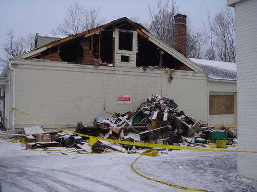 Woodstock Hardware fire 2007 destroyed building